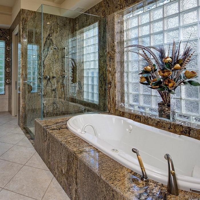 ванная в натуральном камне